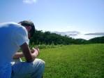 pray-boy-field11