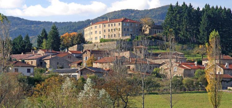m.rissoan-adt07-boucieu-le-roi-village_de_caractere